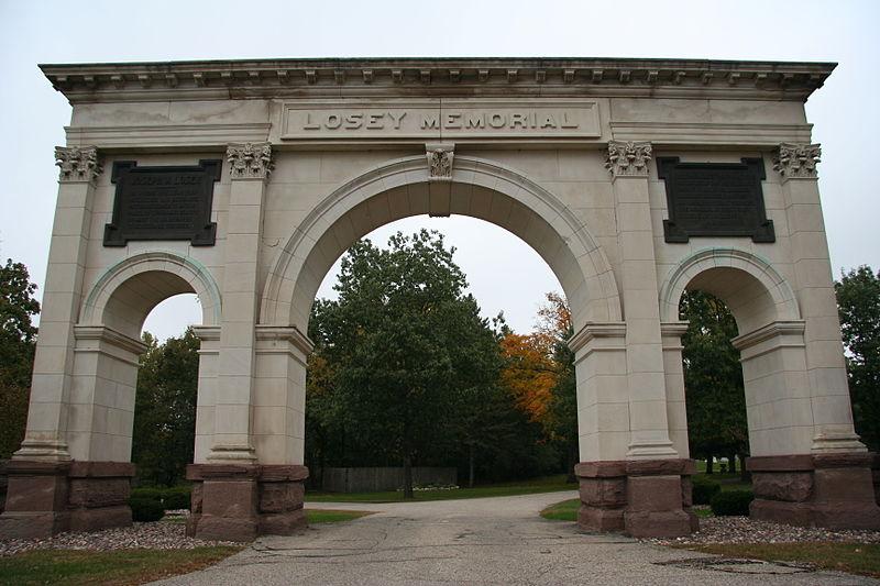 Photo de Losey Memorial Arch, La Crosse, NRHP02000598