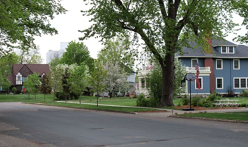 Photo de New Richmond West Side Historic District, New Richmond, NRHP88000626