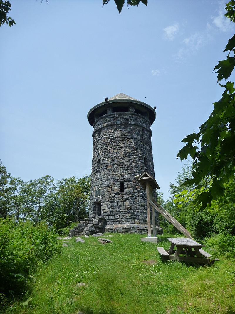 Photo de Haystack Mountain Tower, Norfolk, NRHP93001244