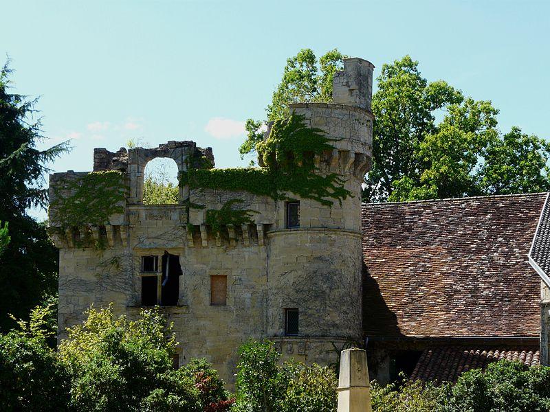 Photo de Château de Nanthiat, Nanthiat, PA00082711